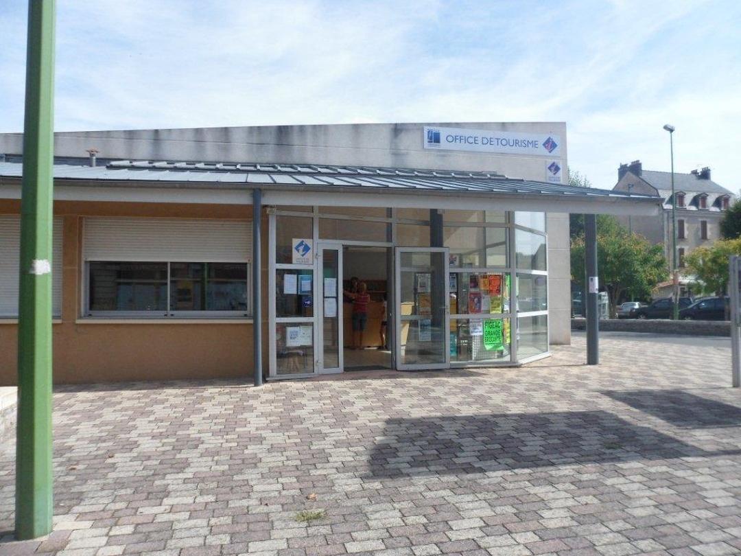 Photo du 5 février 2016 18:56, Office de Tourisme du Pays de Figeac - Bureau de Capdenac-Gare, Place du 14 juillet, 12700 Capdenac-Gare, France