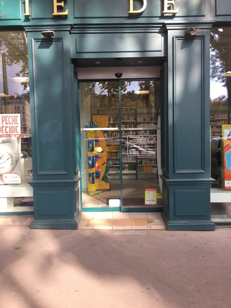 Photo du 18 octobre 2016 13:22, Pharmacie de la Tour, 1 Bis Quai de la Pêcherie, 69001 Lyon, France