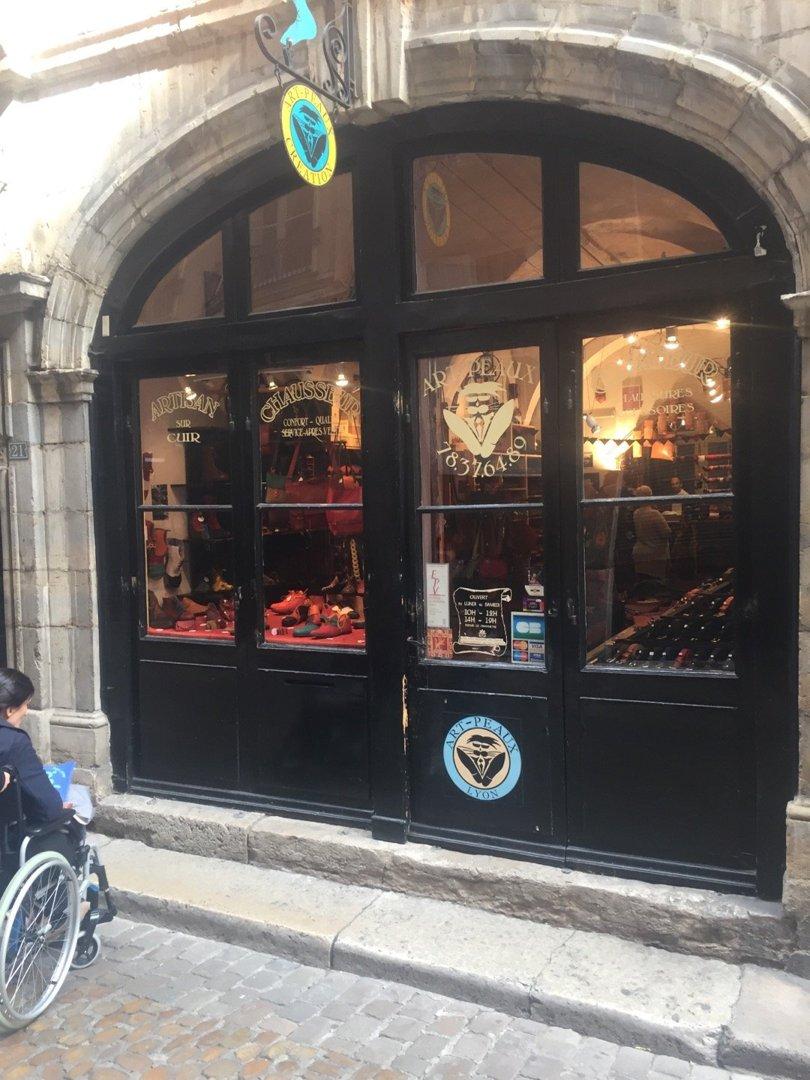 Foto vom 6. Oktober 2016 13:20, Art-Peaux, 21 Rue des 3 Maries, 69005 Lyon, Frankreich