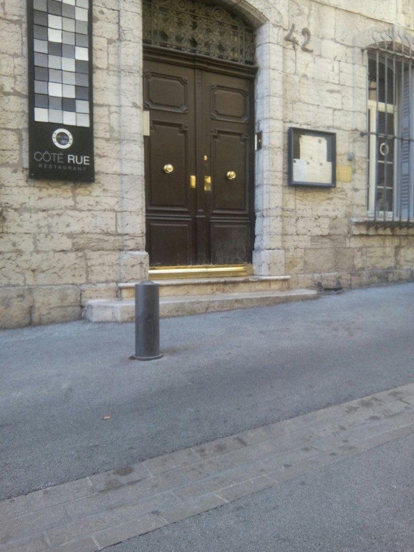 Photo of the August 3, 2016 8:52 AM, Côté Rue, 42 Grande Rue, 83300 Draguignan, France