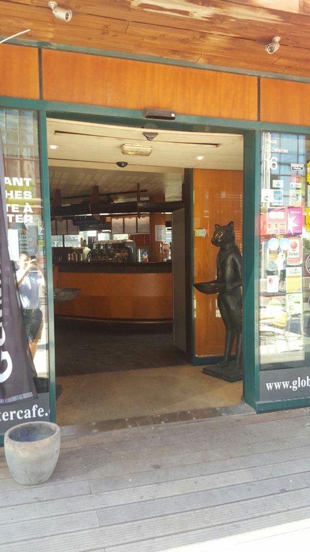 Photo du 26 août 2016 08:58, Globe Trotter Café, 16 Place de la Défense, 92400 Courbevoie, France