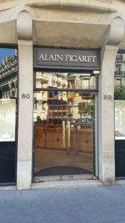Foto del 26 de agosto de 2016 9:24, Alain Figaret, 80 Avenue de Wagram, 75017 Paris, France