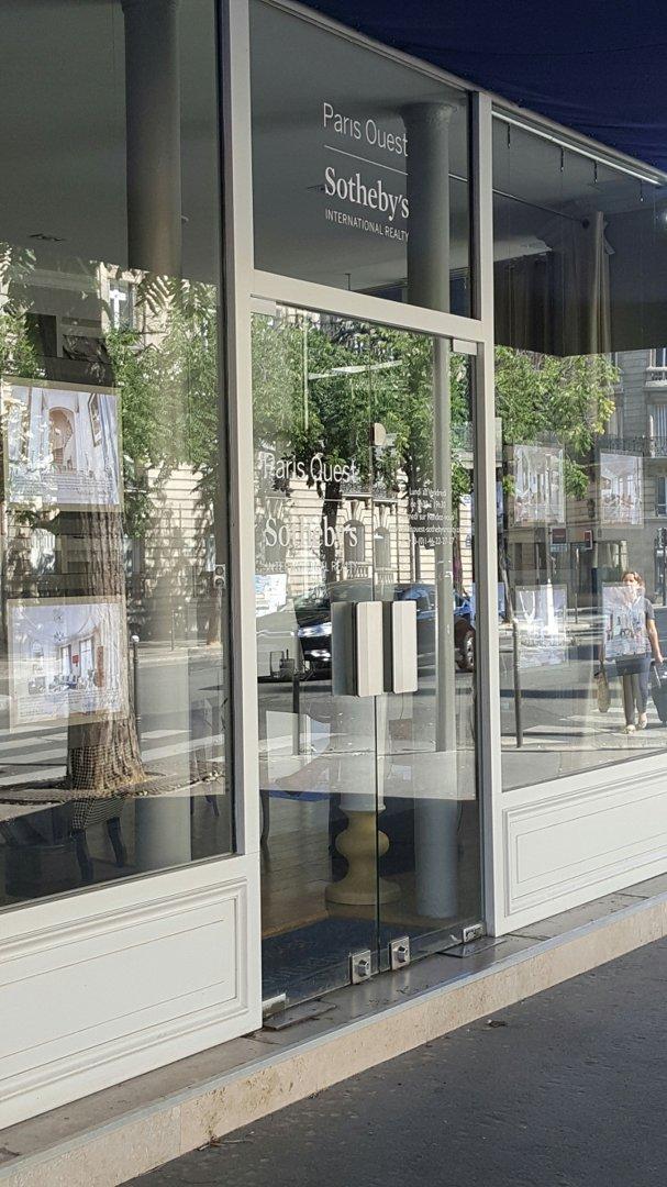 Foto del 26 de agosto de 2016 9:41, Paris Ouest Sotheby's International Realty, 82 Avenue de Wagram, 75017 Paris, Francia