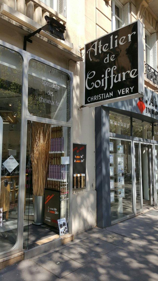 Foto vom 26. August 2016 11:50, Atelier de coiffure Christian Very, 110 Boulevard de Courcelles, 75017 Paris, Frankreich