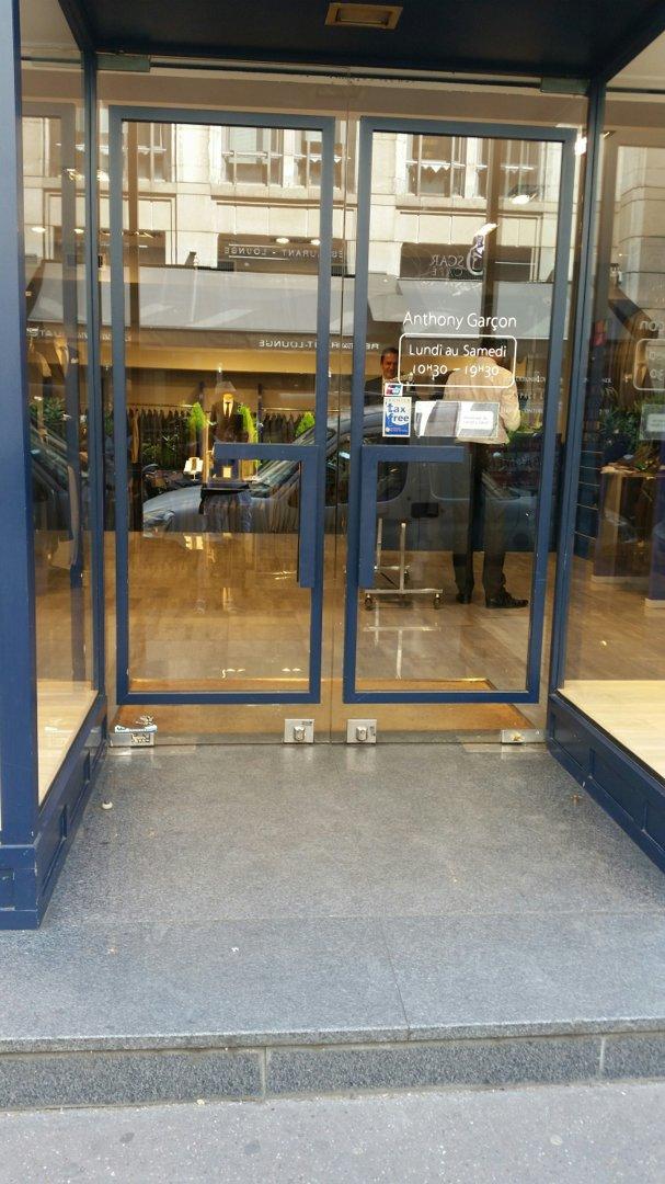Foto vom 26. August 2016 11:53, Anthony Garçon, 28 Rue de Berri, 75008 Paris, Frankreich