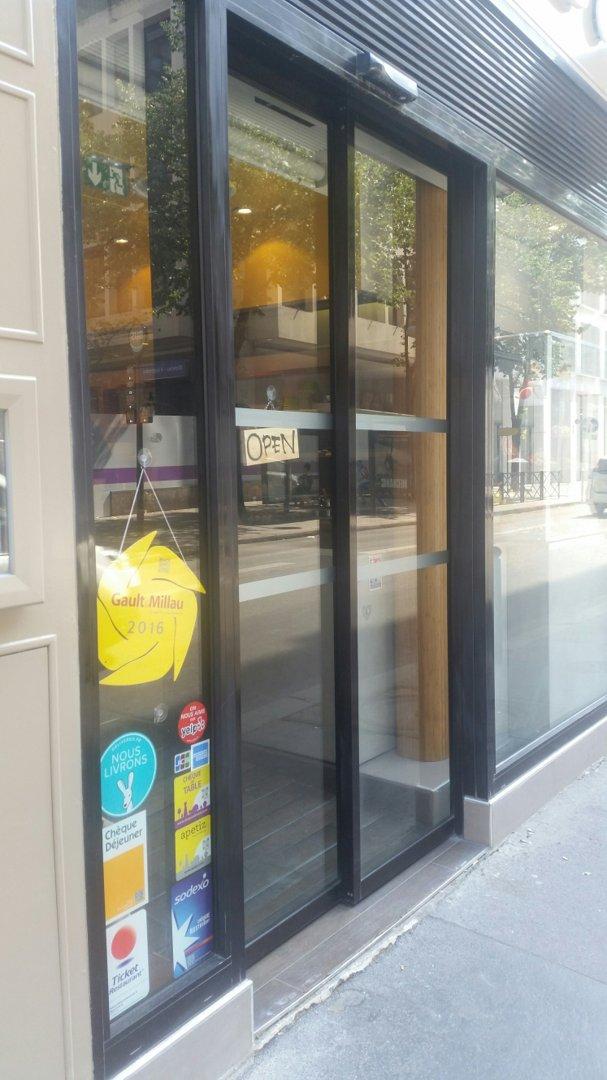 Photo of the August 26, 2016 12:06 PM, Atsu Atsu, 88 Rue de Richelieu, 75002 Paris, France