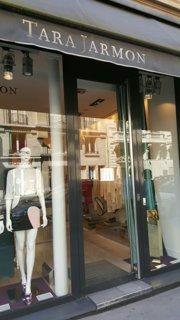 Photo du 26 août 2016 12:15, Tara Jarmon, 93 Rue de Courcelles, 75008 Paris, Frankreich