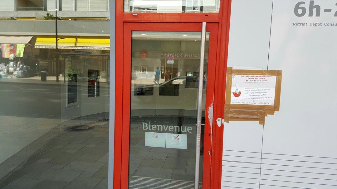 Photo du 26 août 2016 12:42, Agence Crédit Agricole d'Ile-de-France, 47 Rue de Bezons, 92400 Courbevoie, France