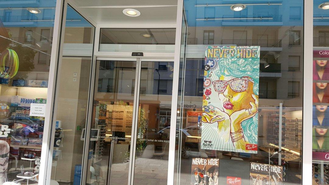 Photo of the August 26, 2016 12:49 PM, Krys, 24 Rue de Bezons, 92400 Courbevoie, France
