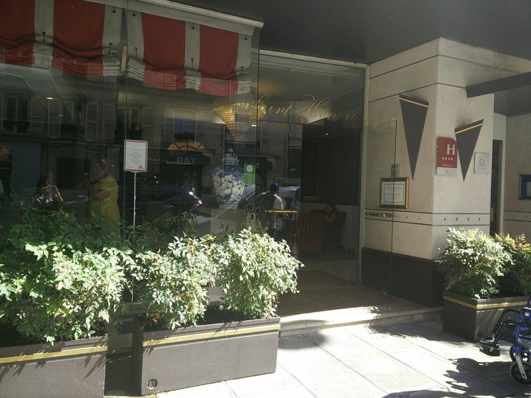 Photo of the September 9, 2016 10:16 AM, Hôtel Etoile Saint Honoré by HappyCulture™, 214 Rue du Faubourg Saint-Honoré, 75008 Paris, France