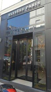 Foto del 9 de septiembre de 2016 12:44, Hôtel Elysées Paris, 1 Rue Brey, 75017 Paris, France