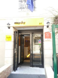 Foto del 9 de septiembre de 2016 13:12, Staycity Apartment hotel - Gare de l'est, Paris, 5-7 Passage Dubail, 75010 Paris, France