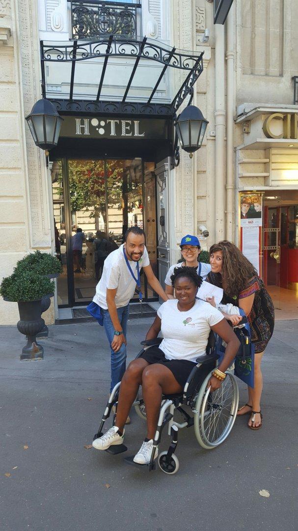Foto vom 9. September 2016 13:25, Maison Albar Hotel Paris Champs-Elysées, 3 Avenue Mac-Mahon, 75017 Paris, Frankreich