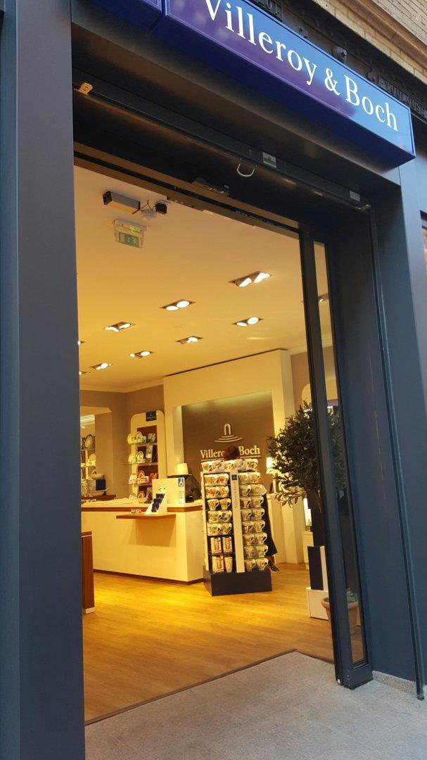 Foto del 16 de septiembre de 2016 19:29, Villeroy & Boch, 26 Rue Croix Baragnon, 31000 Toulouse, Francia