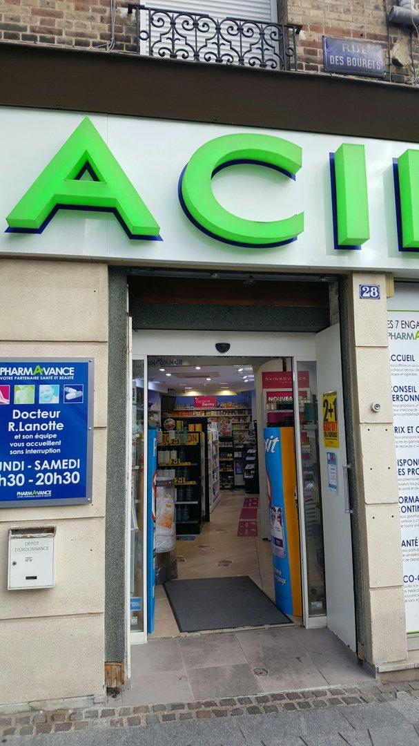 Photo du 26 septembre 2016 13:20, Pharmacie Pharmavance Suresnes, 28 Rue des Bourets, 92150 Suresnes, France