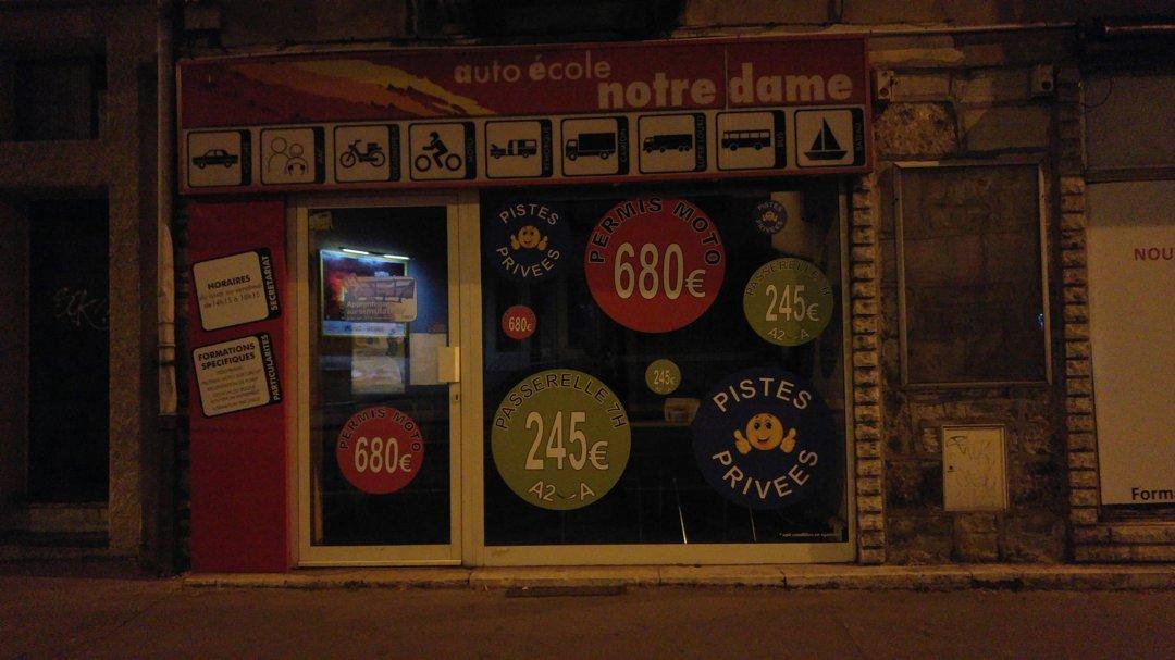Foto del 28 de septiembre de 2016 22:34, Auto Ecole Notre Dame, 2 Rue du Pont des Tanneries, 21000 Dijon, Francia