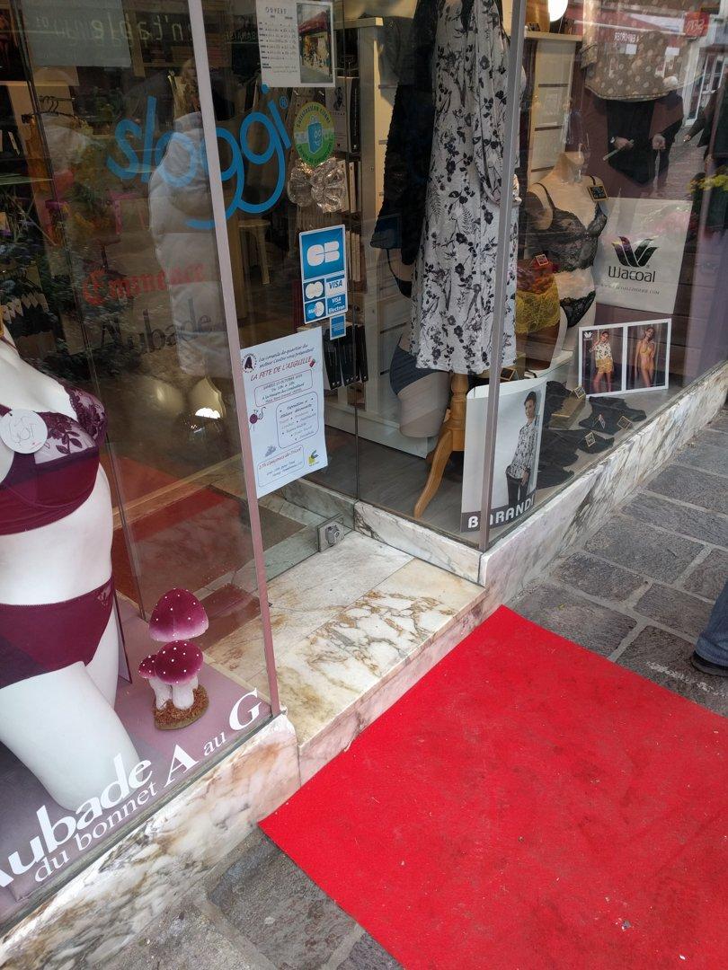 Photo du 13 octobre 2016 13:25, Sans Dessus Dessous, 11 Rue du Général Leclerc, 94000 Créteil, France