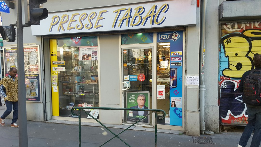 Foto vom 18. Oktober 2016 13:58, Bureau de Tabac, 46 Rue Paul Bert, 69003 Lyon, France