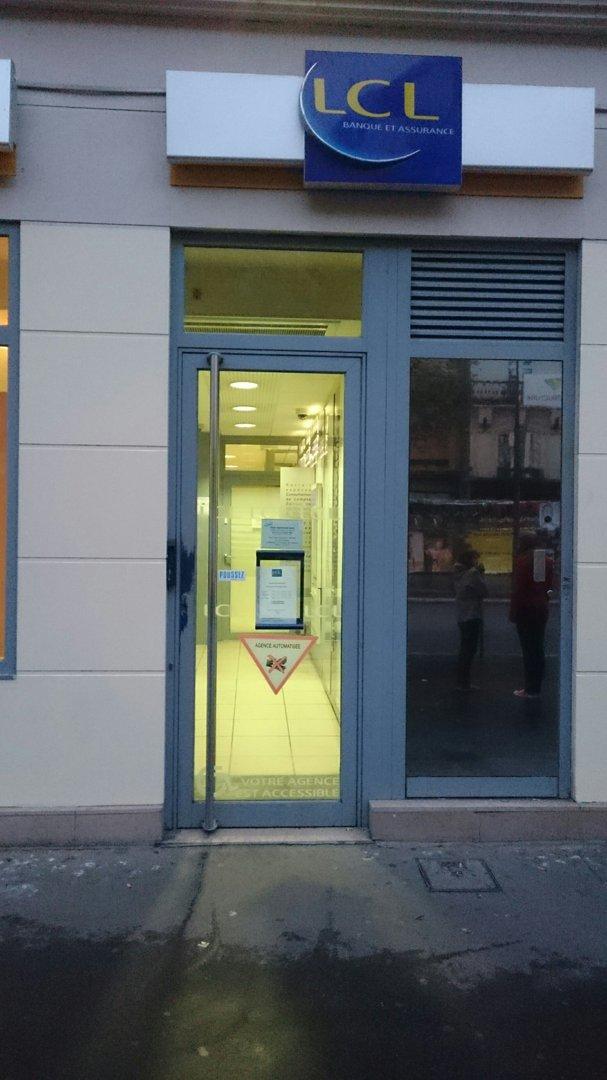 Foto del 19 de octubre de 2016 17:02, LCL Banque et Assurance, 47 Boulevard de Sébastopol, 75001 Paris, Francia