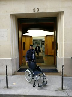 Photo of the October 27, 2016 1:18 PM, AXA Liabilities Managers, 39 Rue du Colisée, 75008 Paris, Frankreich