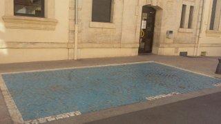 Foto vom 13. November 2016 09:24, Mayor of Gardanne, Cours de la République, 13120 Gardanne, Francia