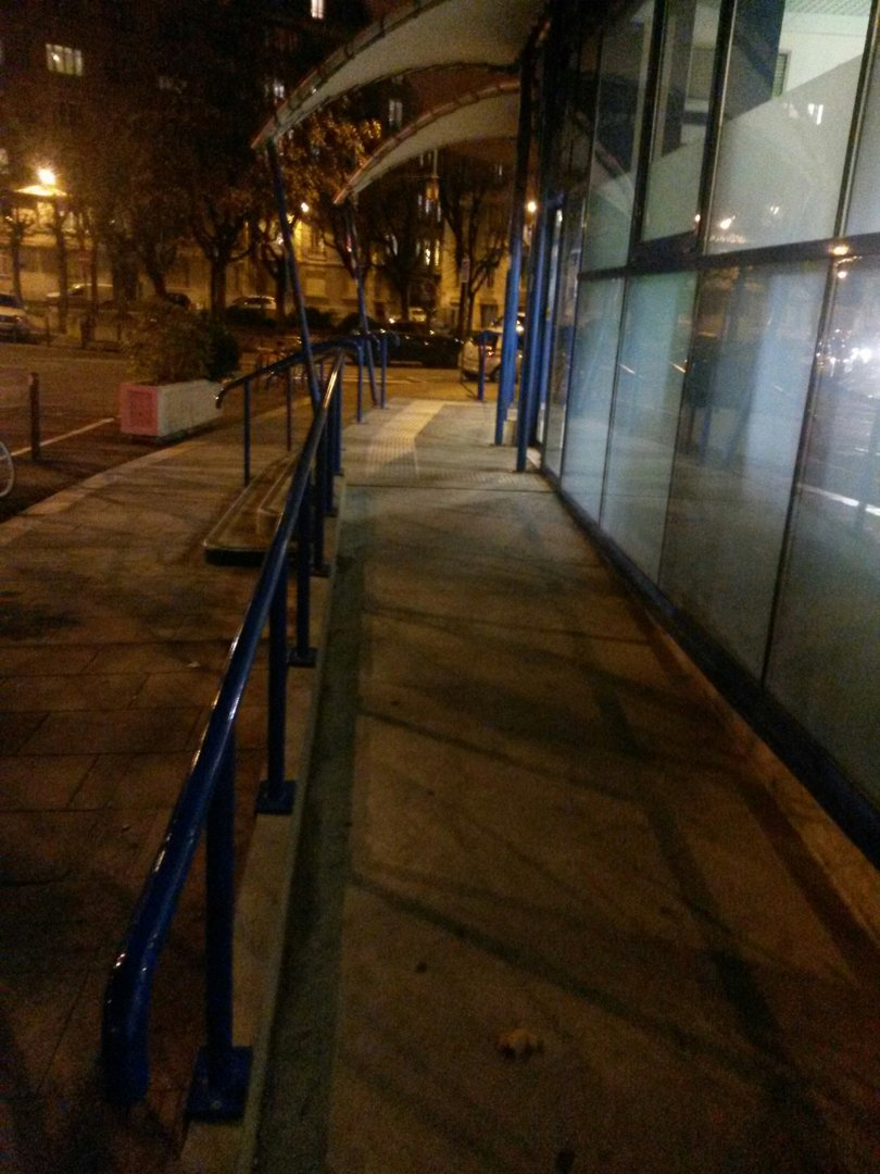 Photo of the November 22, 2016 7:06 PM, La Poste, 7 Boulevard Maréchal Lyautey, 38000 Grenoble, France