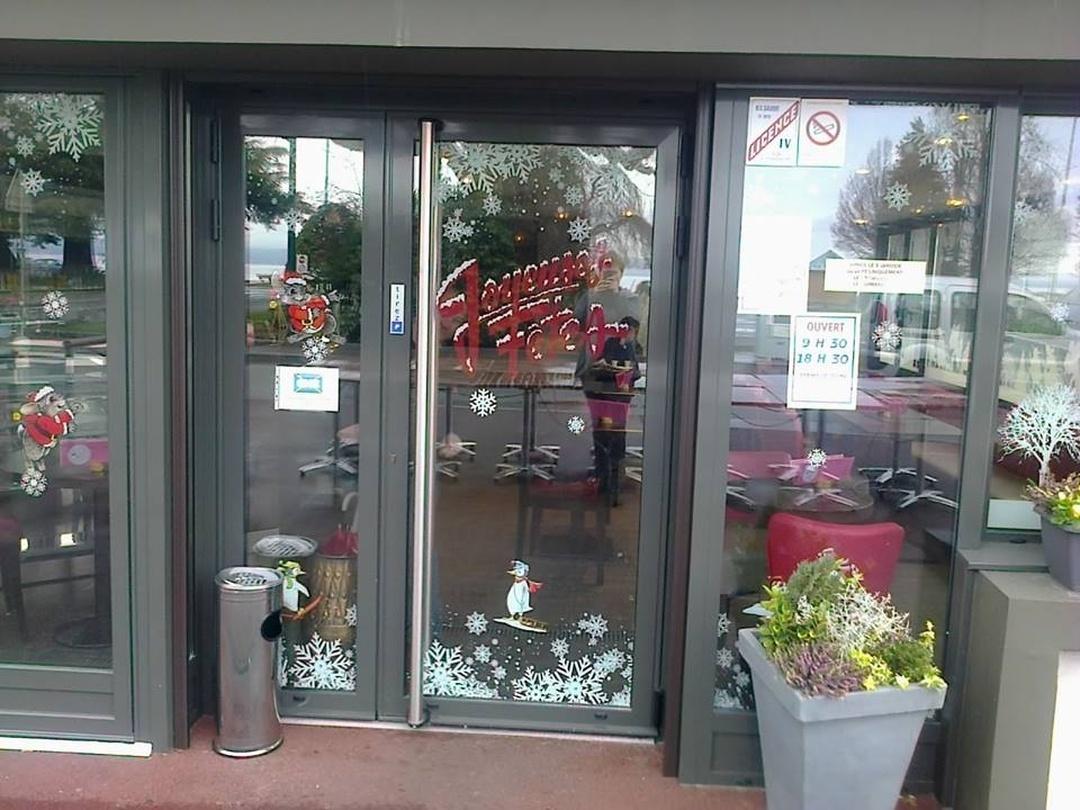 Foto del 5 de febrero de 2016 18:57, Melba Café, Quai Charles Albert Besson, 74500 Évian-les-Bains, Francia