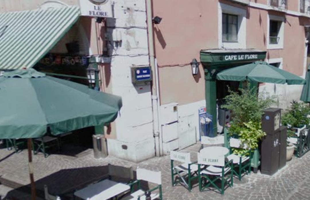 Foto del 5 de febrero de 2016 18:52, Café le Flore, 1 Rue Denfert Rochereau, 73000 Chambéry, Francia