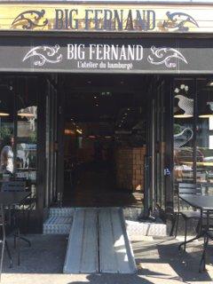 Foto del 26 de agosto de 2016 10:03, Big Fernand, 142 Avenue Charles de Gaulle, 92200 Neuilly-sur-Seine, France