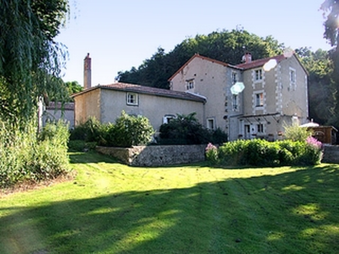 Bed & Breakfast - La Cueille , Romagne