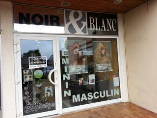 Foto del 24 de mayo de 2016 22:49, NOIR & Blanc COIFFURE, 32 Avenue Victor Hugo, 86530 Naintré, Frankreich