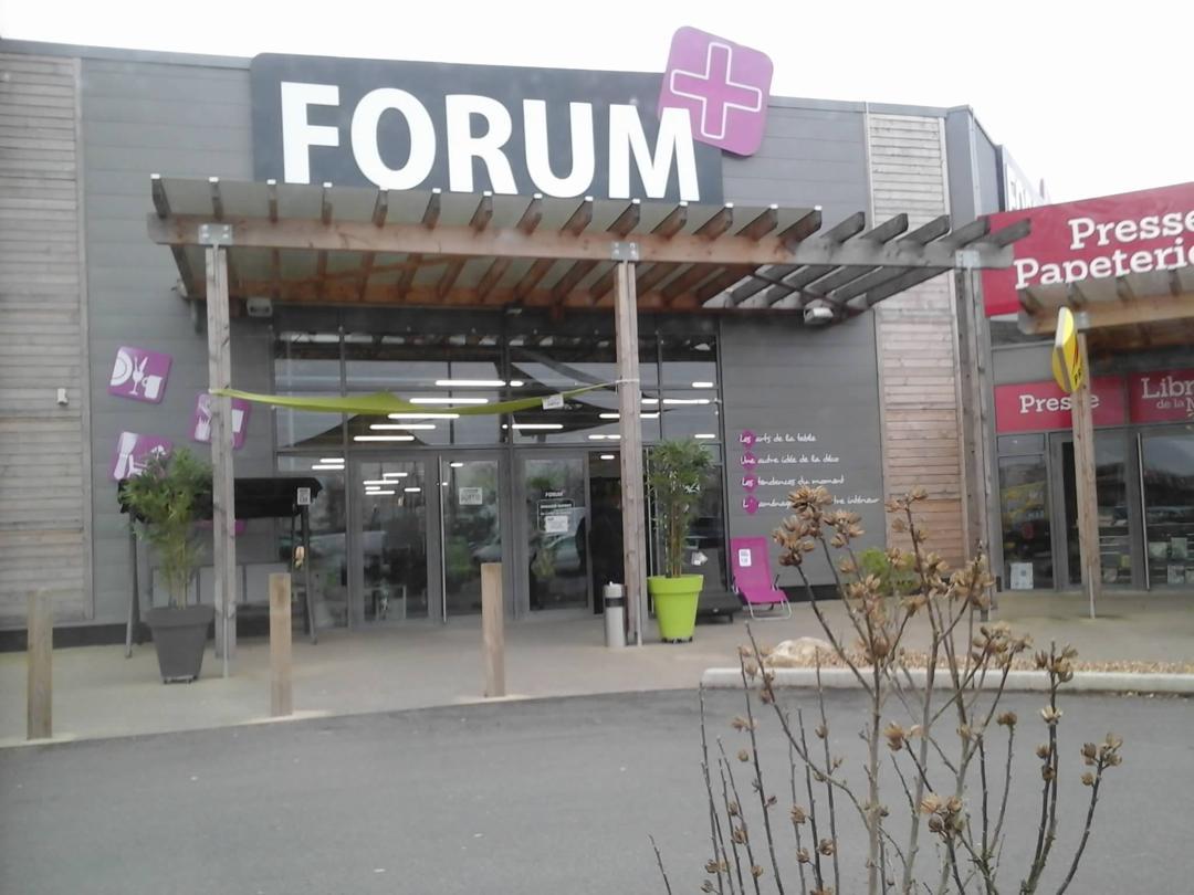 Foto vom 5. Februar 2016 18:56, FORUM+, Zone de la Mude, 21 Route de la Rochelle, 79000 Bessines, Frankreich