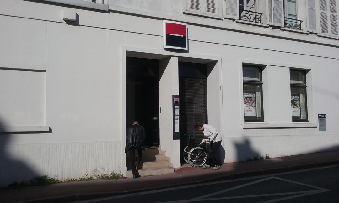 Foto del 5 de febrero de 2016 18:57, Société Générale, 1 Rue du Palais de Justice, 77120 Coulommiers, Francia