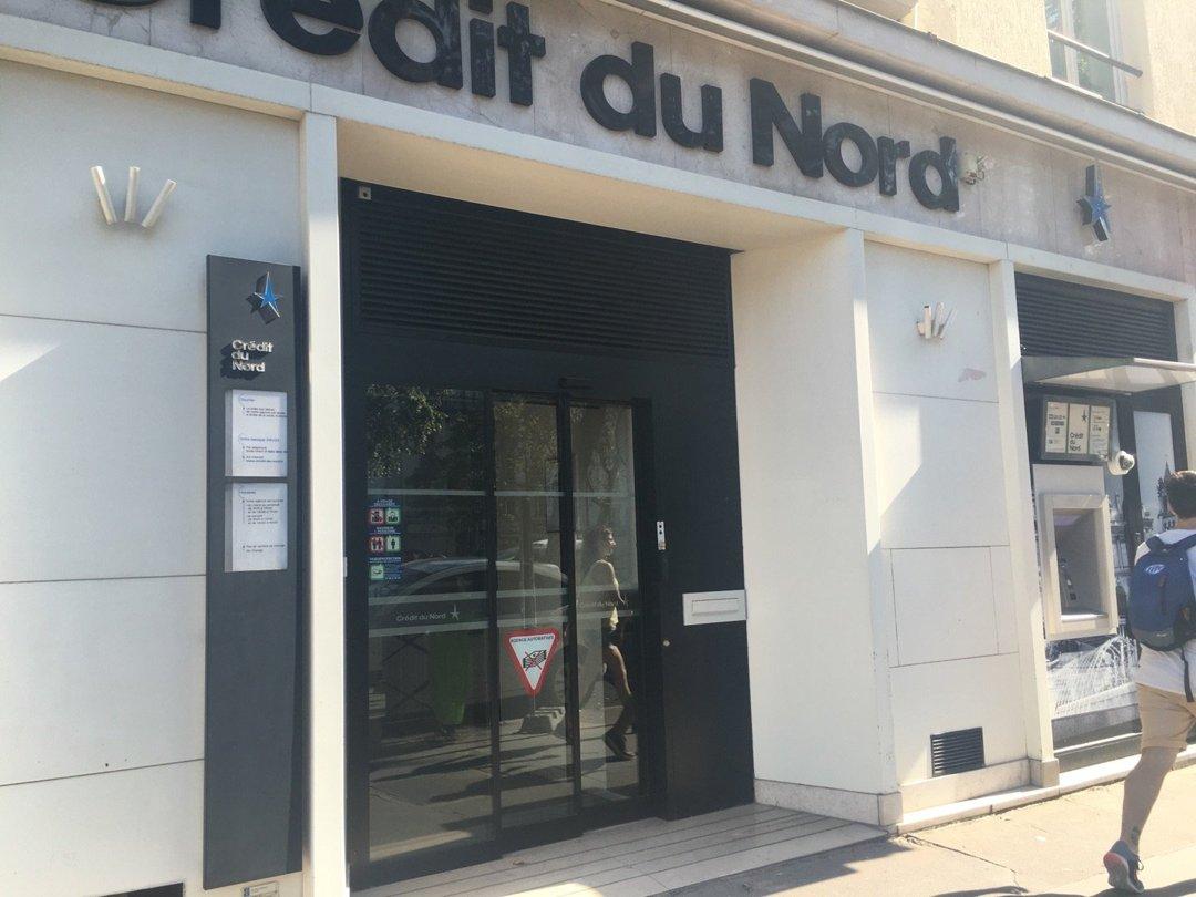 Foto vom 26. August 2016 09:04, Crédit Du Nord - Neuilly Sablons, 134 Avenue Charles de Gaulle, 92200 Neuilly-sur-Seine, Frankreich