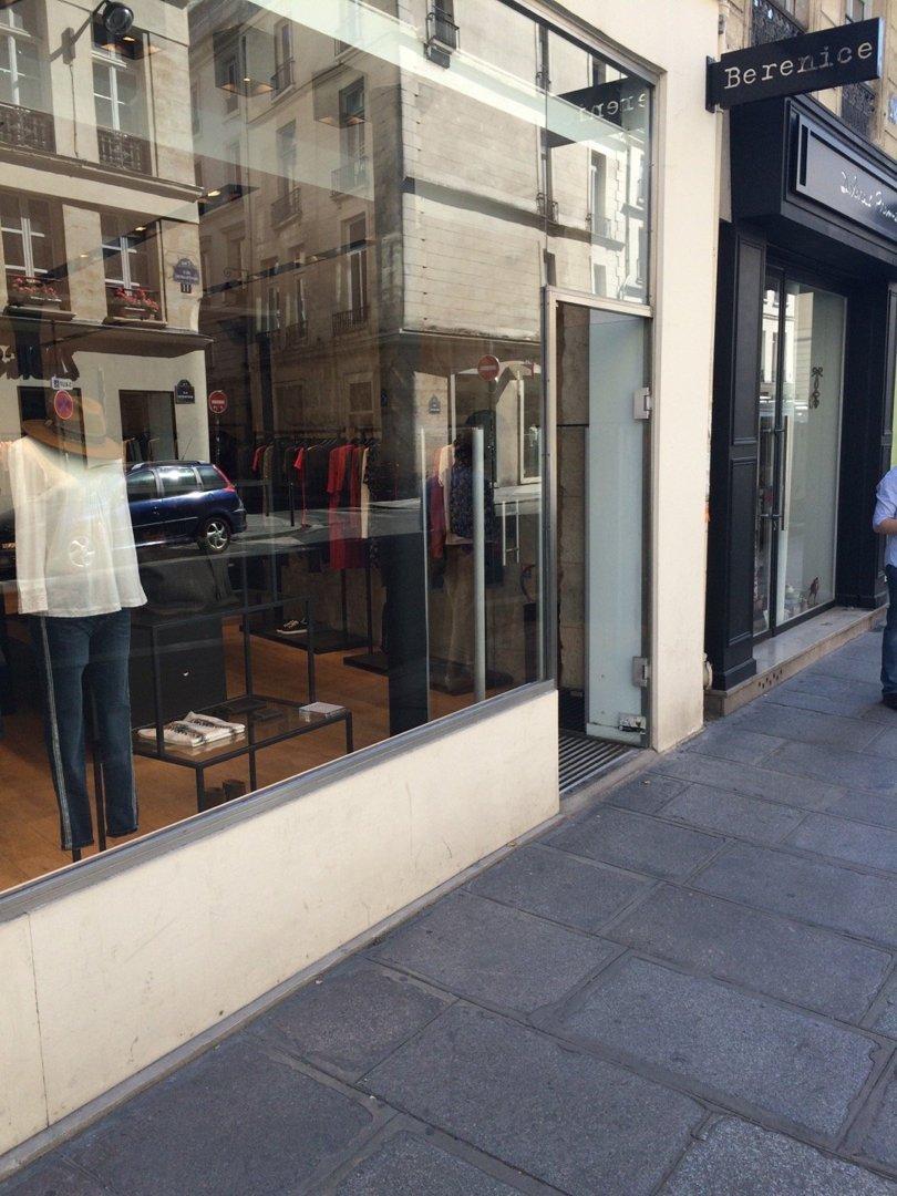 Foto vom 26. August 2016 09:35, Berenice, 28 Rue Montmartre, 75001 Paris, Frankreich