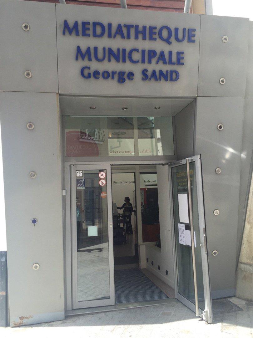 Photo of the July 6, 2016 11:51 AM, Mediatheque George Sand, 7 Rue de Mora, 95880 Enghien-les-Bains, France