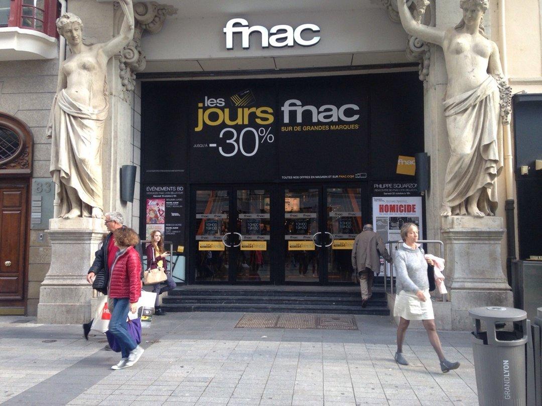 Foto del 18 de octubre de 2016 13:11, Fnac Lyon Bellecour, 85 Rue de la République, 69002 Lyon, Francia