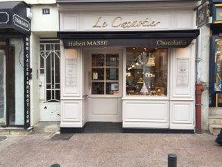 Photo of the November 17, 2016 9:44 AM, Le Cacaotier • Hubert Masse chocolatier, 14 Rue de Mora, 95880 Enghien-les-Bains, France