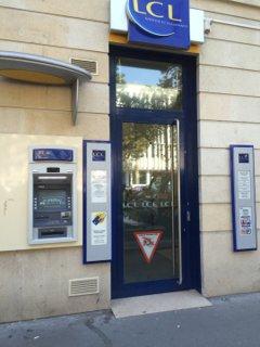 Photo of the August 26, 2016 1:37 PM, LCL Banque et Assurance, 113 Ter av Charles de Gaulle, 92200 Neuilly-sur-Seine, France
