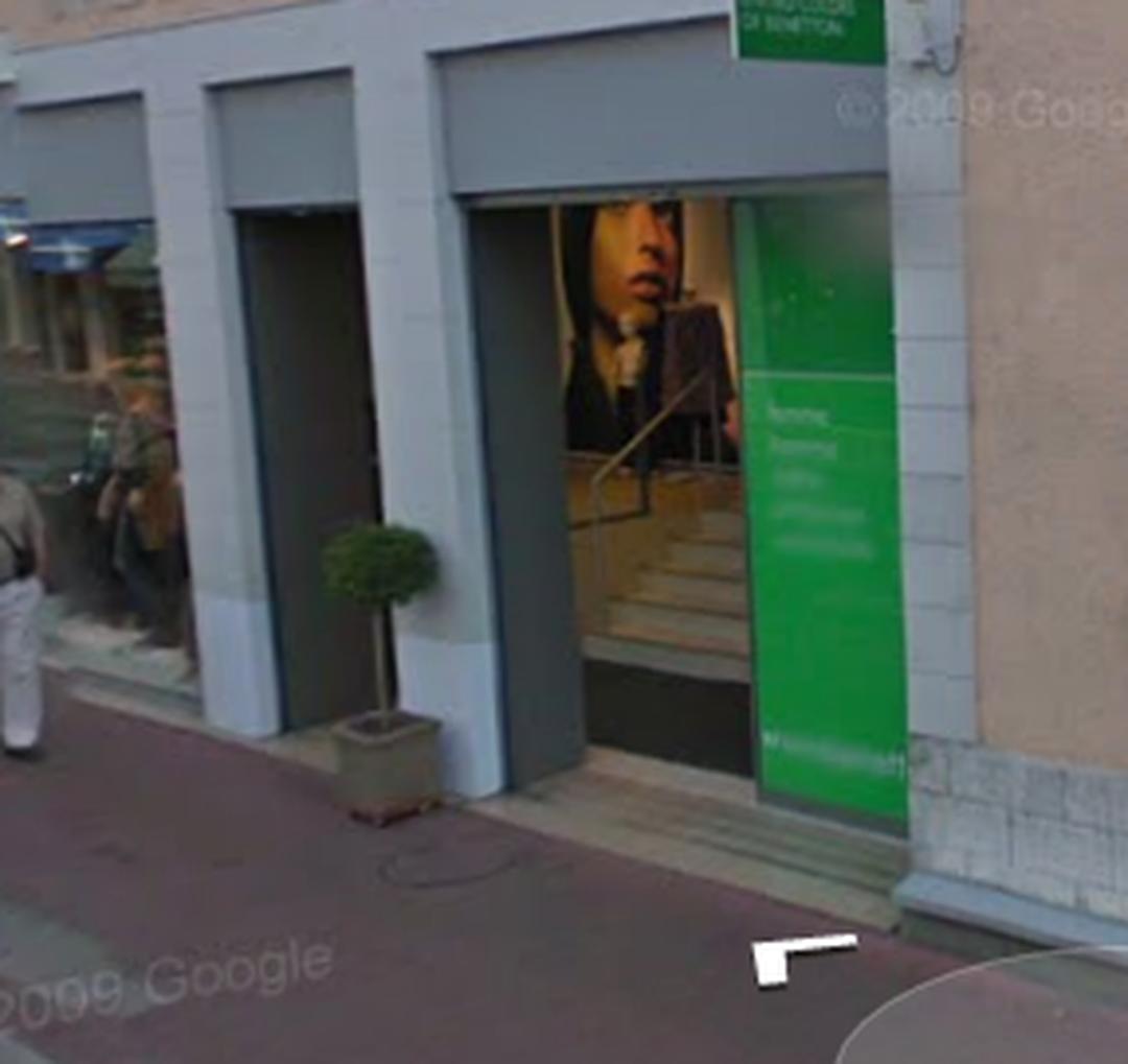 Foto vom 5. Februar 2016 18:52, Benetton Annecy, 18 Rue Sommeiller, 74000 Annecy, Frankreich