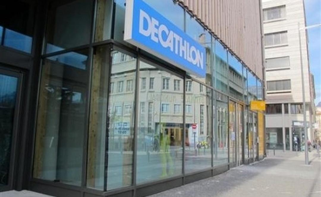 Sporting Goods Store - Décathlon Grenoble Centre ville , Grenoble