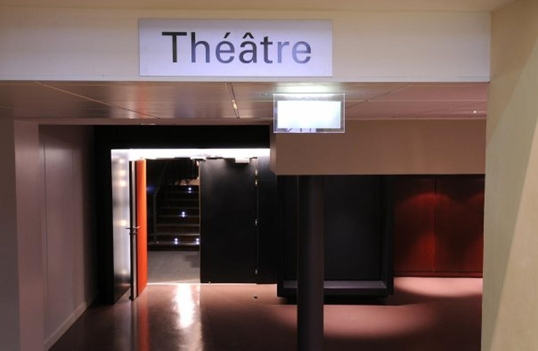 Photo du 5 février 2016 18:51, Le Théâtre Traversière, 18-20 Rue Traversière, 75012 Paris, France