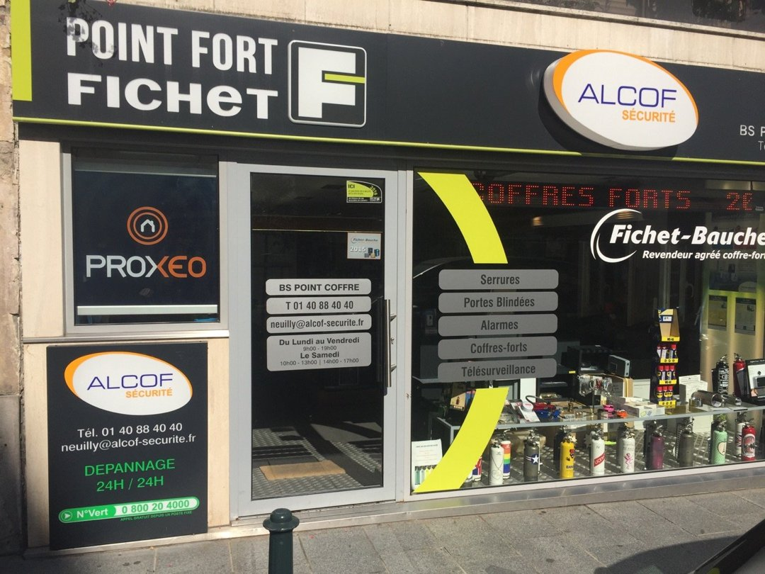 Photo du 26 août 2016 09:15, Point Fort Fichet Alcof, 13 Rue des Huissiers, 92200 Neuilly-sur-Seine, France