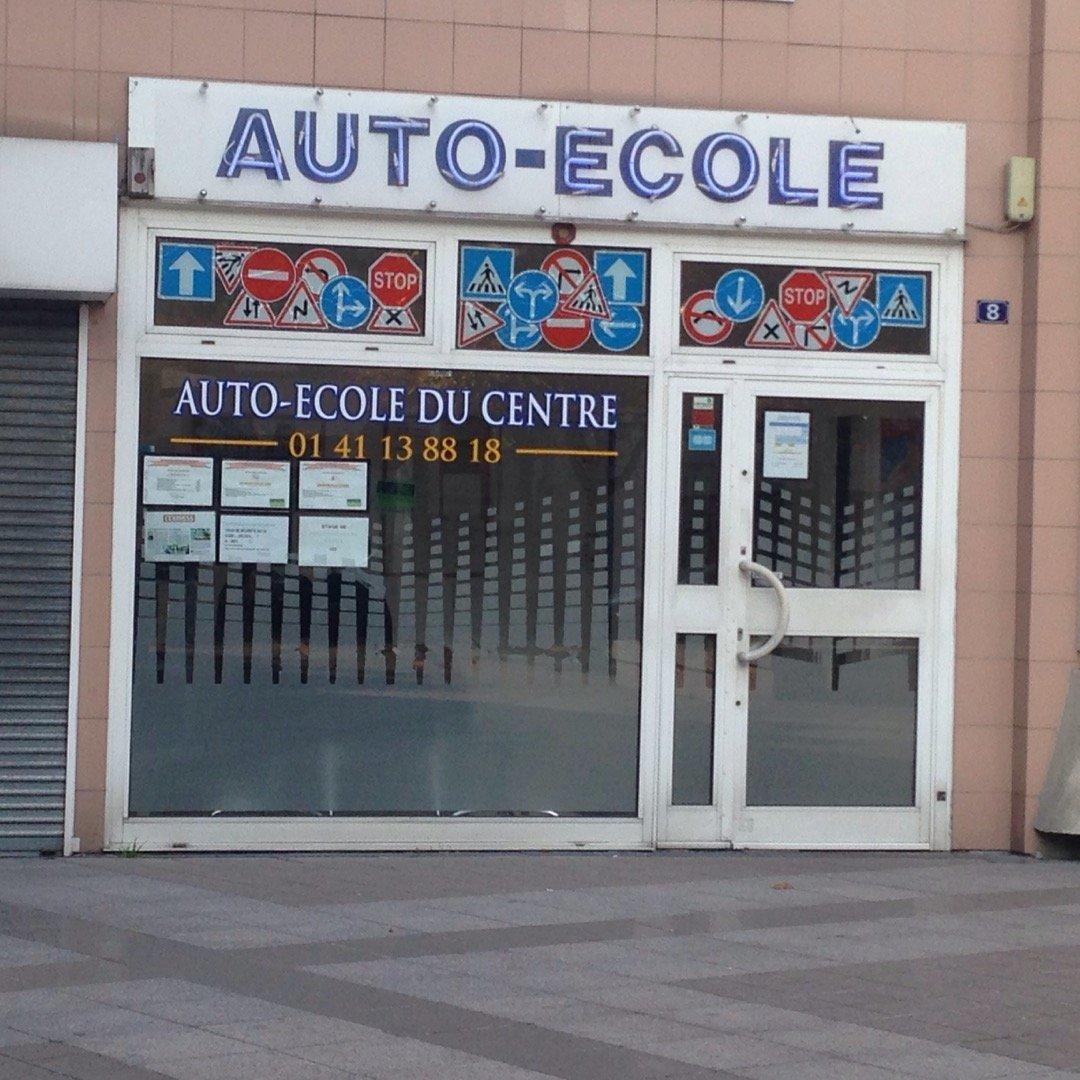 Foto del 26 de octubre de 2016 13:26, Driving School Du Centre, 8 Square Robinson, 92330 Sceaux, Francia