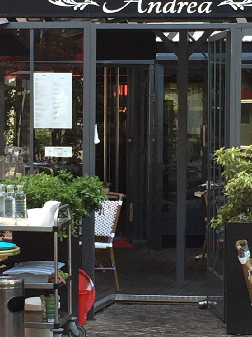 Foto vom 26. August 2016 09:47, Andréa pizzeria Puteaux, 43 Cours Michelet, 92800 Puteaux, Frankreich