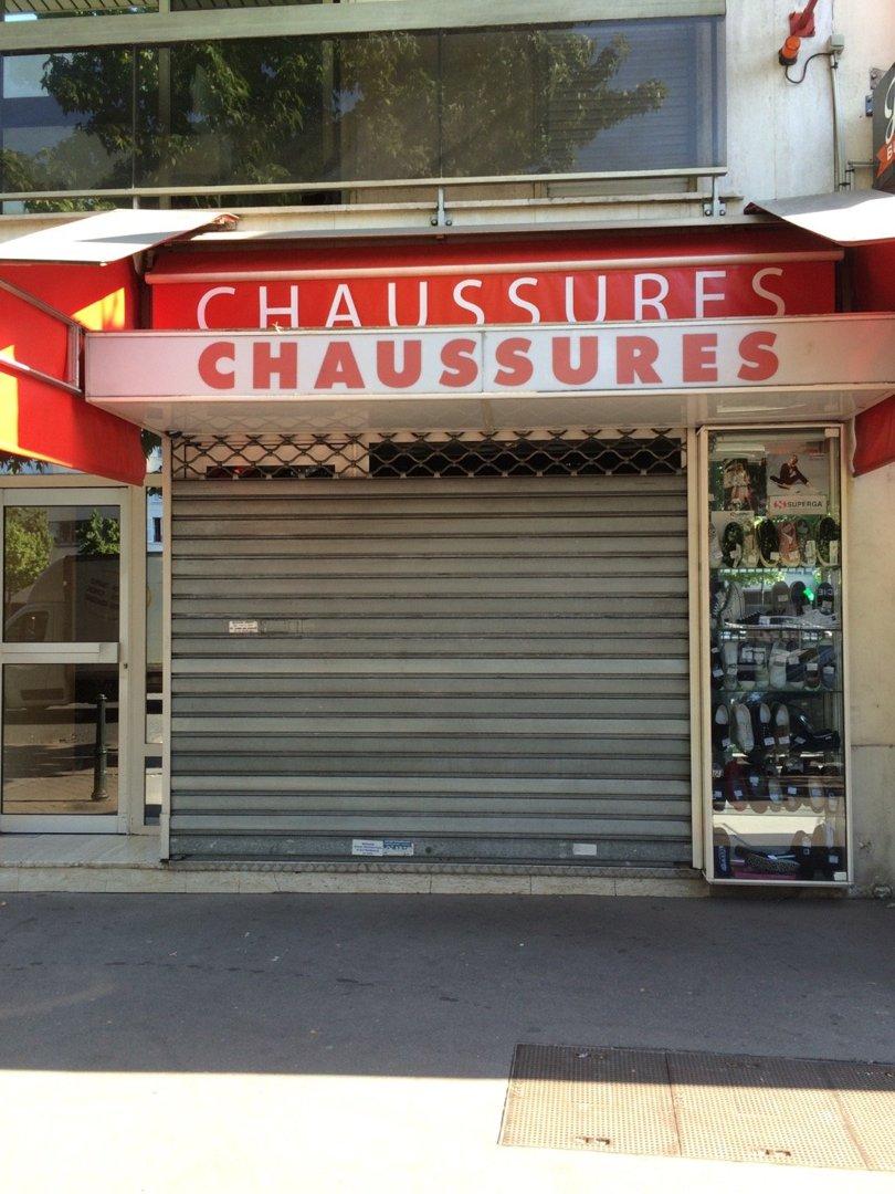 Foto del 26 de agosto de 2016 8:36, Chaussures, 92200 Neuilly-sur-Seine, Francia