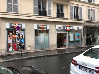 Photo of the September 13, 2017 12:00 PM, Tintorería 5àsec, 116 Rue Saint-Dominique, 75007 Paris, Francia