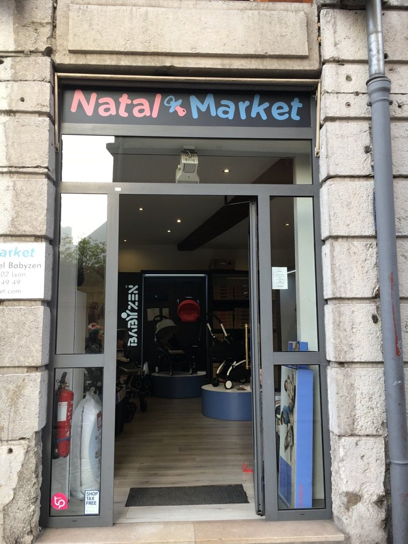 Photo du 18 octobre 2016 14:24, Babyzen Yoyo Showroom Officiel Store Natal Market Lyon, 44 Rue Sala, 69002 Lyon, France