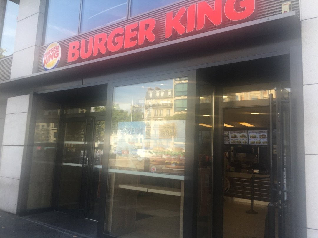 Photo of the August 26, 2016 1:33 PM, Burger King Neuilly Sur Seine, 107 Avenue Charles de Gaulle, 92200 Neuilly-sur-Seine, France