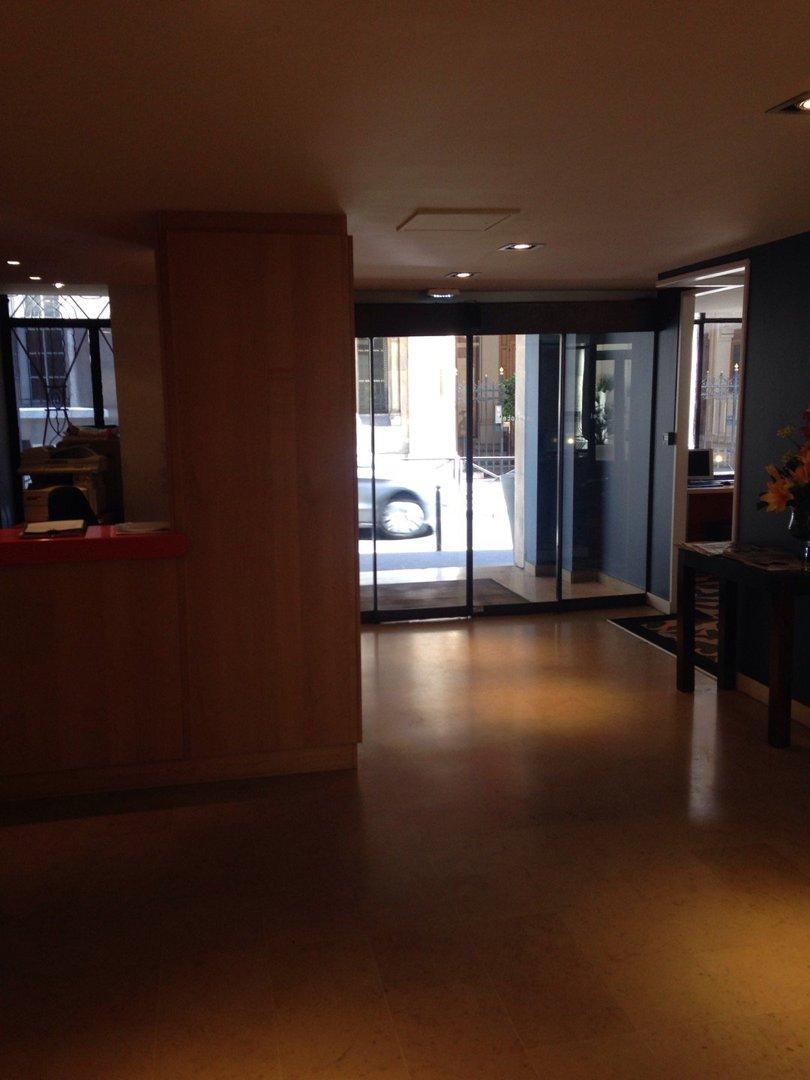 Foto vom 9. September 2016 13:15, New Hotel Lafayette, 25 Rue Buffault, 75009 Paris, Frankreich